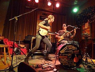 hymn-for-her-toogenblik-haren-17-fevrier-2012-L-ycaW0h